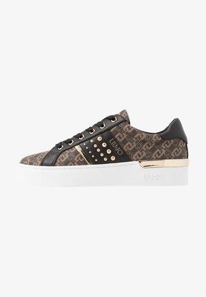 SILVIA - Sneakers laag - brown