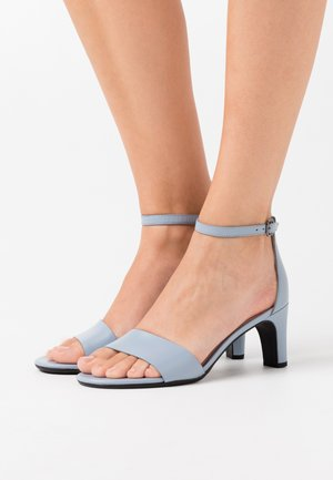 SHAPE SLEEK - Sandals - dusty blue zennor