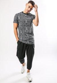 Ed Hardy - BAROQUE-TIGER T-SHIRT - Print T-shirt - black - 0
