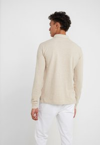Polo Ralph Lauren - BASIC  - Pikeepaita - expedition dune - 2