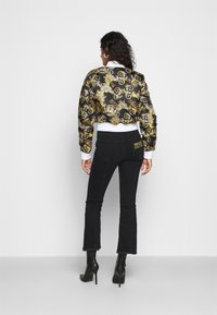 Versace Jeans Couture - Bomber Jacket - nero - 2