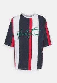 YOURTURN - UNISEX - Print T-shirt - blue/red/white - 4