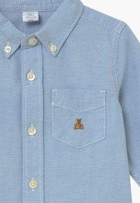 GAP - TODDLER BOY OXFORD - Shirt - blue opal - 3