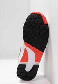 Nike Sportswear - AIR SKYLON II - Trainers - white/team orange/hyper royal/black - 4