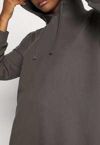 ONLY - ONLMAGGIE DRESS - Jerseykjole - magnet - 5