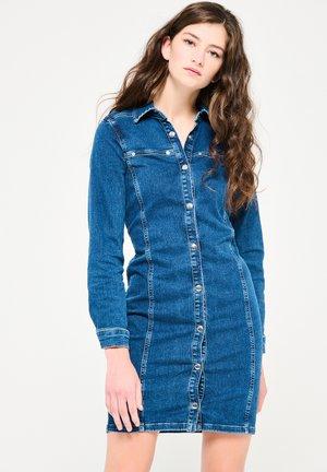 WITH LONG SLEEVES - Denim dress - blue