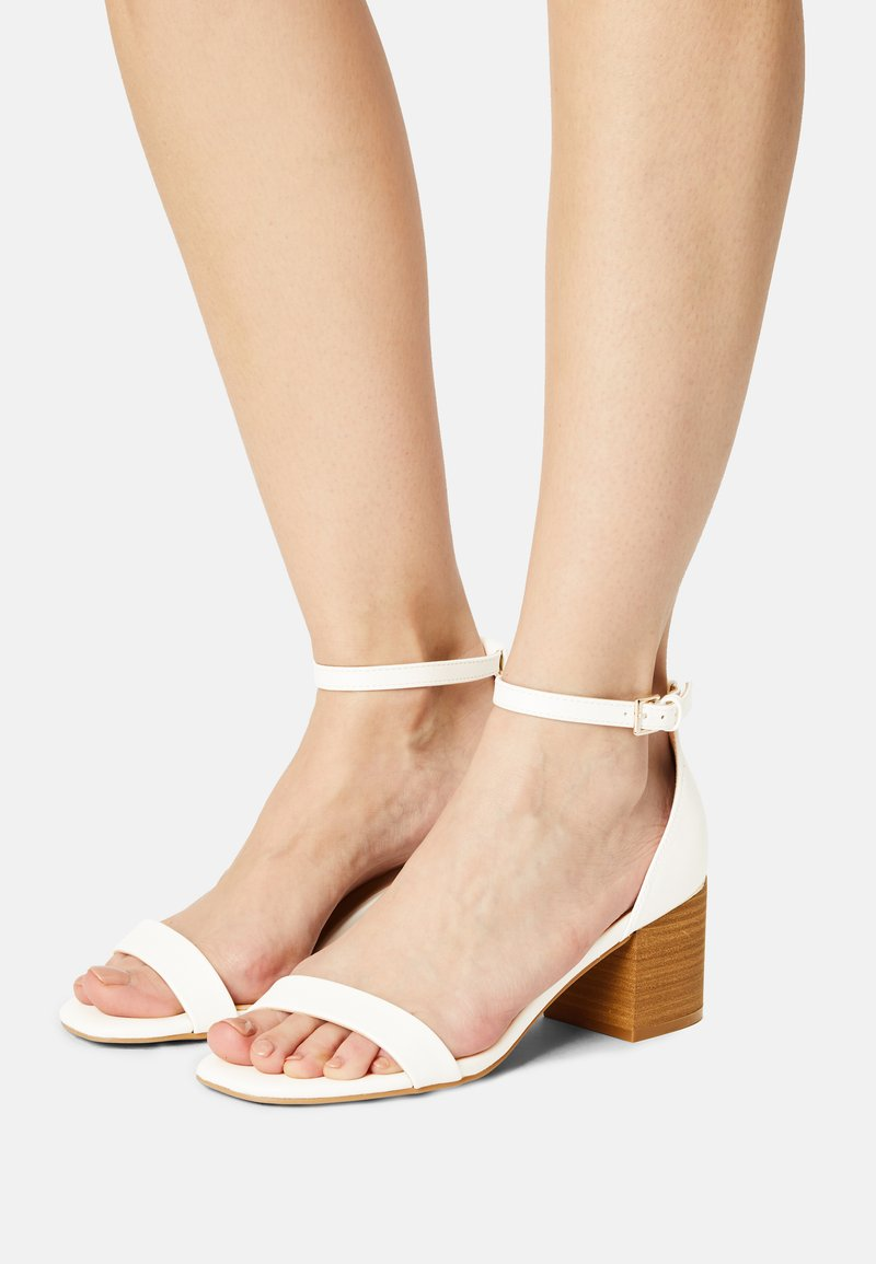 Call it Spring - MAKENZIE - Bridal shoes - white