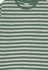 Lindex - MINI TOP ESSENTIAL UNISEX - Long sleeved top - green - 2