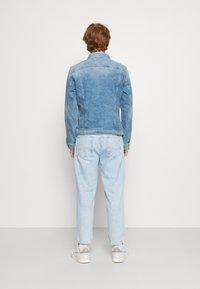 G-Star - 3301 SLIM - Denim jacket - denim/sun faded stone - 2