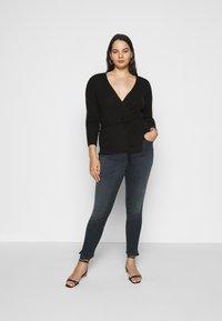 Calvin Klein Jeans Plus - HIGH RISE ANKLE - Jeans Skinny Fit - dark-blue denim - 1