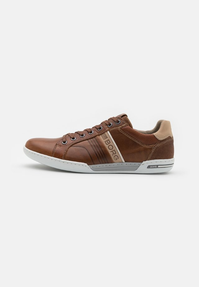 COLTRANE - Sneaker low - tan/beige