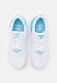 Hummel - AEROCHARGE FUSION - Zapatillas de balonmano - sky blue - 3