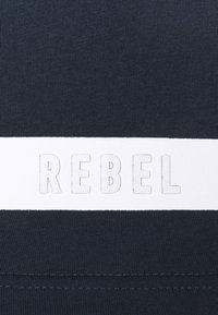 Redefined Rebel - ZION TEE - Print T-shirt - navy - 6