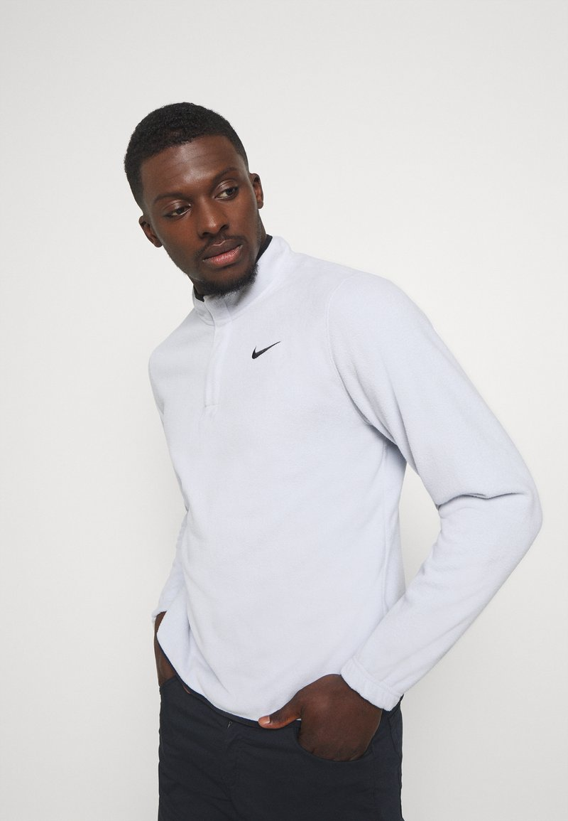 Nike Golf - THERMA VICTORY HALF ZIP - Fleecová mikina - sky grey/black