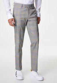Baldessarini - Suit - grau/gelb - 2