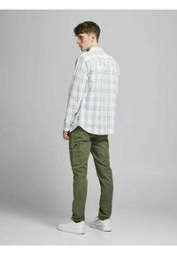 Jack & Jones - Cargo trousers - dusty olive - 2