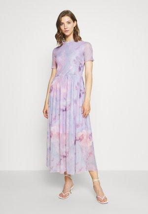 MALISSA 1834 - Vapaa-ajan mekko - lavender