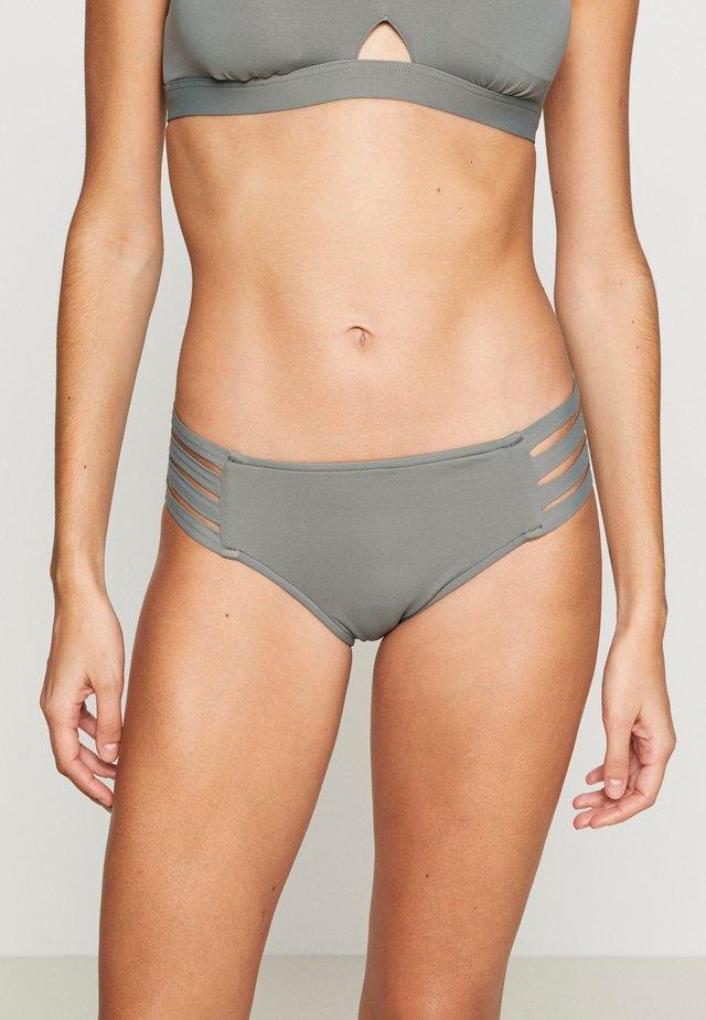 ACTIVE MULTI STRAP HIPSTER - Bikini bottoms - oliveleaf