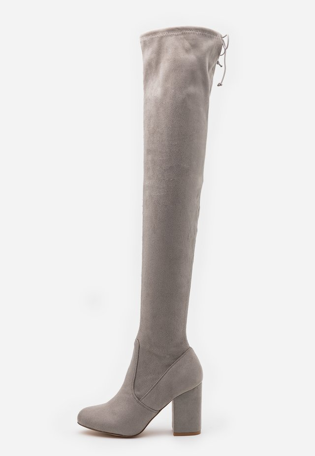 High heeled boots - light grey