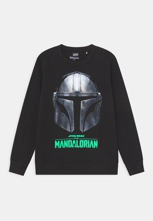 STAR WARS THE MANDALORIAN GLOW IN THE DARK - Sweatshirt - black