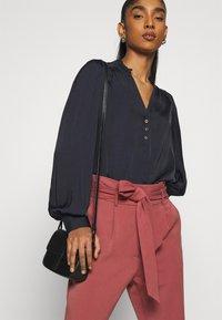 Morgan - OCHICHI - Button-down blouse - marine - 3