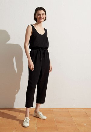 HAREM - Jumpsuit - black