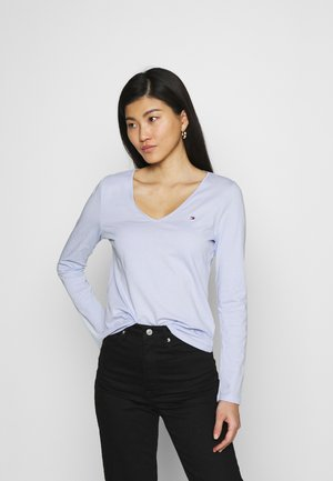 REGULAR CLASSIC - Long sleeved top - breezy blue