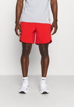 SHORTS - kurze Sporthose - red