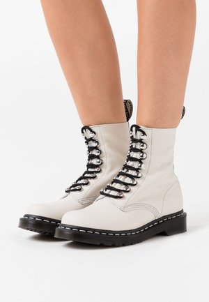 1460 PASCAL - Platform ankle boots - bone virginia