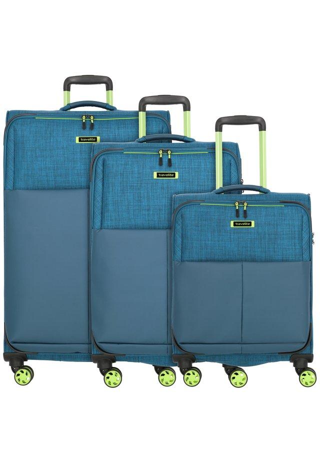 SET - Wheeled suitcase - petrol