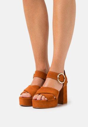 LYNA  - Platform sandals - dark orange