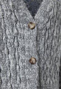 PULL&BEAR - Cardigan - grey - 5