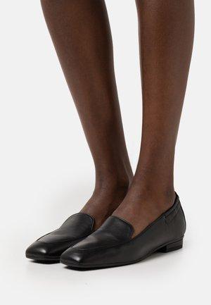 BOABO - Nazouvací boty - black