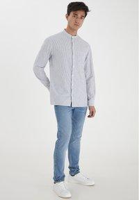 Casual Friday - Shirt - ecru - 1