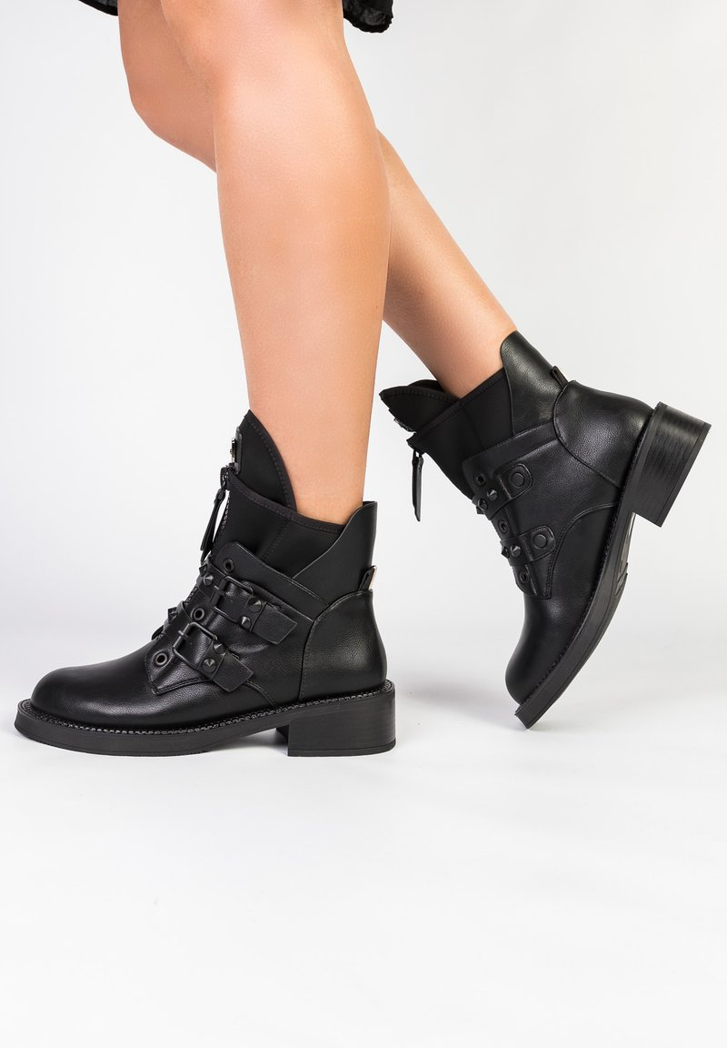 Betsy - Classic ankle boots - schwarz