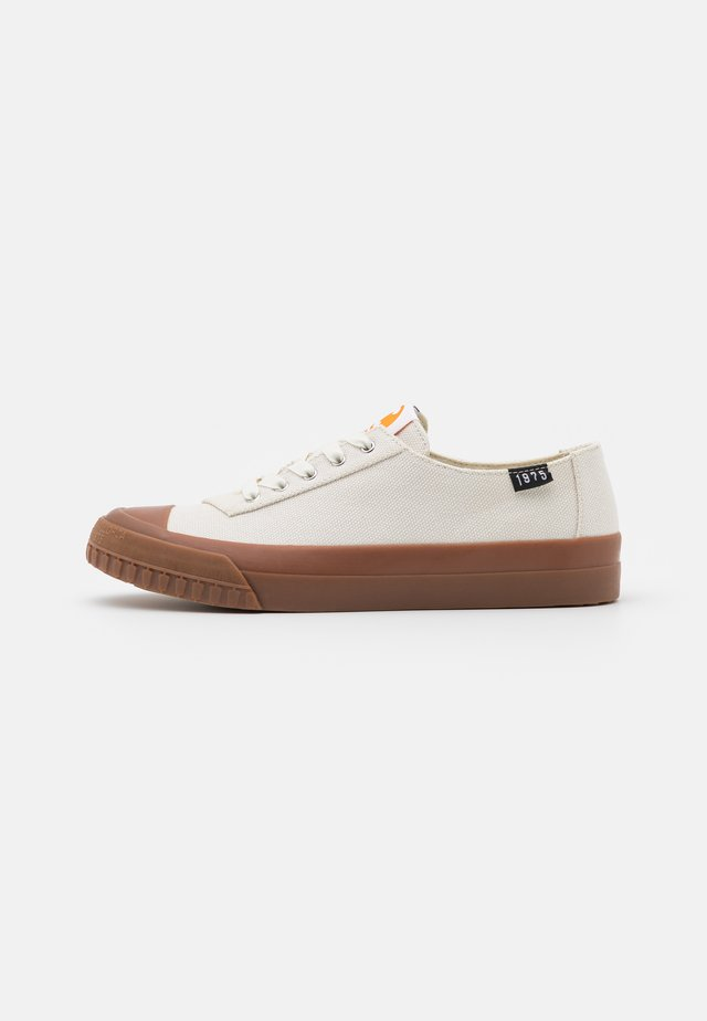 CAMALEON 1975 - Sneakers laag - white/natural