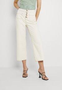 Trendyol - Pantalones - ecru - 0