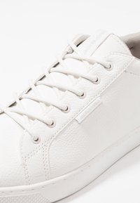 Jack & Jones - JFWTRENT - Sneaker low - bright white - 5