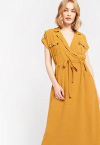 LolaLiza - Day dress - ocher - 3