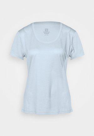 AGILE TEE - Print T-shirt - kentucky blue/artic ice/heather