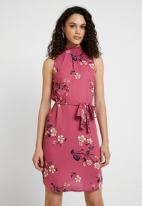 Vero Moda - VMCALLIE SMOCK DRESS - Day dress - rose wine - 0