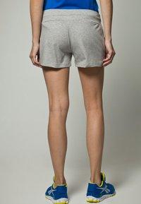 Reebok - JERSY SHORT - Shorts - medium grey heather - 4