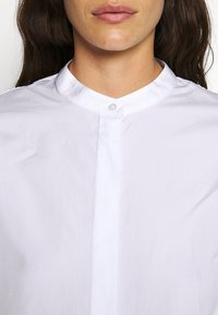 3.1 Phillip Lim - POPLIN BLOUSE SHANKS - Košile - white - 5