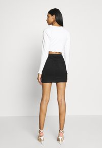 Missguided - DISTRESSED SKIRT - Denim skirt - black - 2