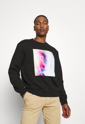 PRIDE RELAXED GRAPHIC UNISEX - Sweatshirt - black