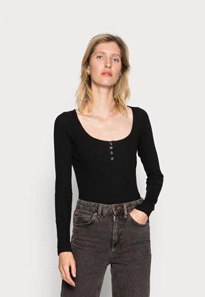 MIRREN - T-shirt à manches longues - black