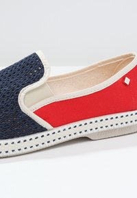 RIVIERAS - FRANCE - Slip-ons - navy/red - 5