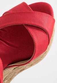 Castañer - BLAUDELL - Sandály na vysokém podpatku - rojo - 2