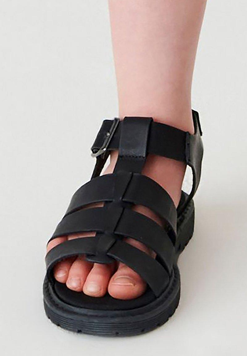 Next - Chodecké sandály - black