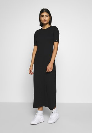 MIDI DRESS - Robe longue - calvin black